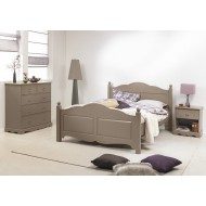 chambre-a-coucher-taupe-lit-140-commode-et-chevet.jpg